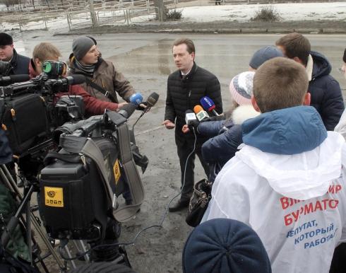 Владимир Бурматов знает, кто будет чинить растаявшие дороги